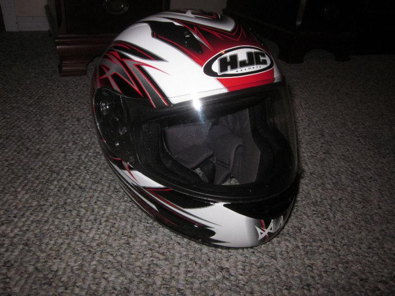 HJC Medium Motorcycle helmet (GREAT SHAPE)