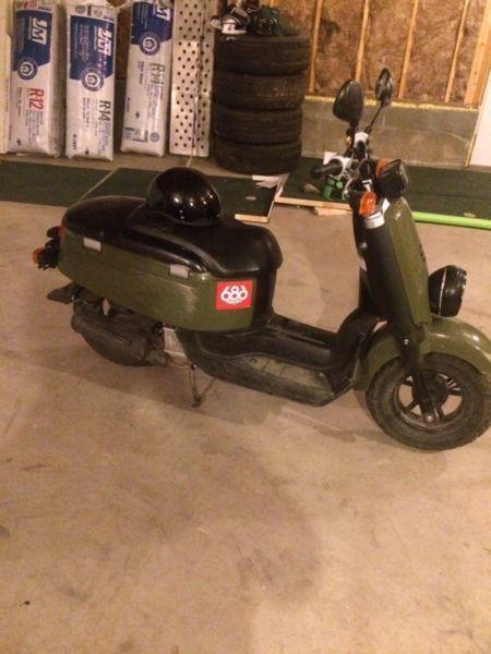 2010 Yamaha C3 50cc scooter