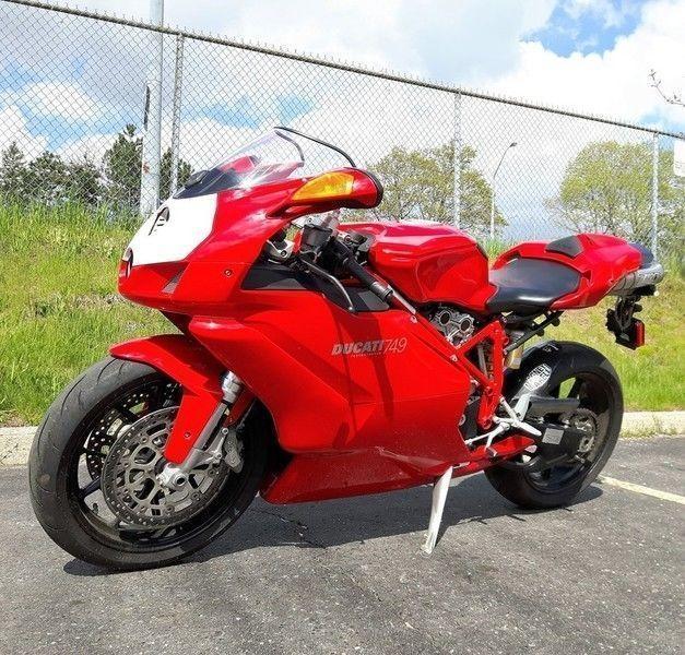 2006 Ducati 749