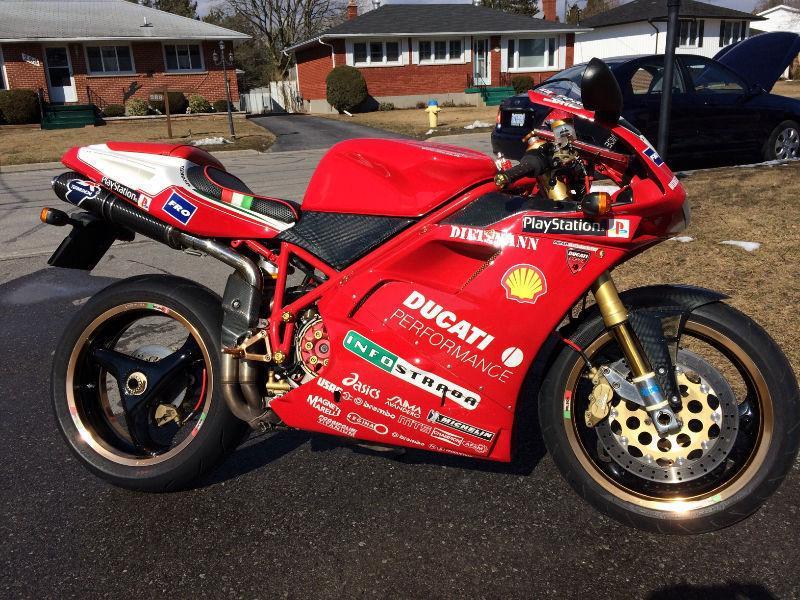 Ducati 748/916