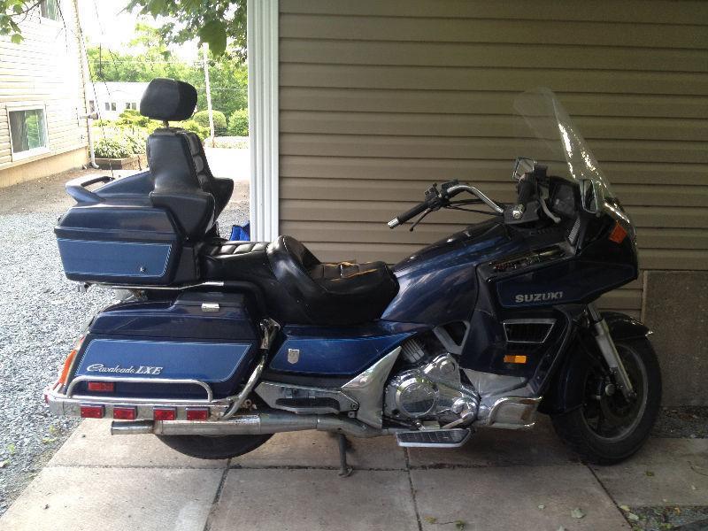 Suzuki Cavalcade - Brick7 Motorcycle