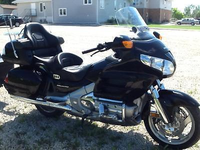 2006 Honda Goldwing and tiny Mite trailer for sale