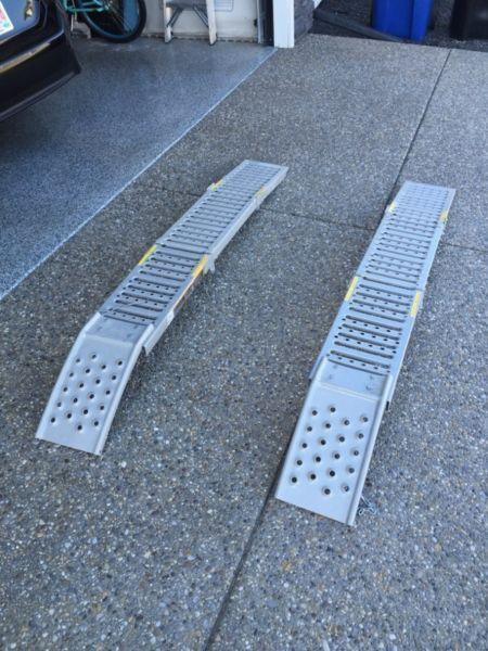 Steel loading ramps