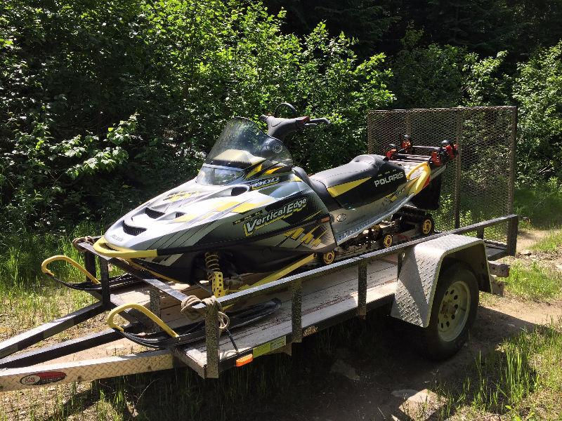 2003 Polaris RMK 800 sled with CFR rack. doesn't run