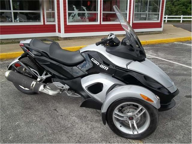 2009 CAN AM SPYDER