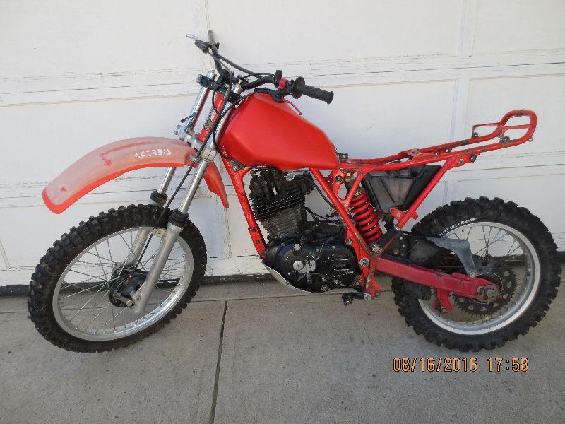 Honda XR500 Project Bikes. $550.00