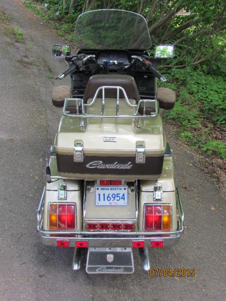 Suzuki Cavalcade Touring Bike