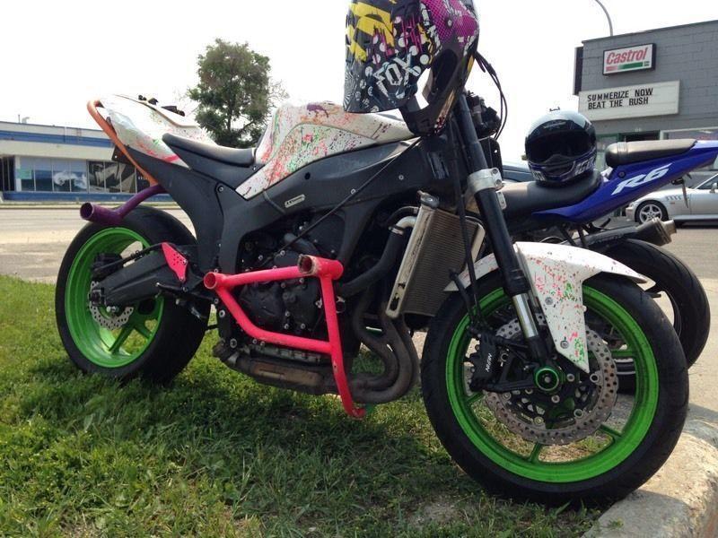2008 ZX6 Stunt Bike