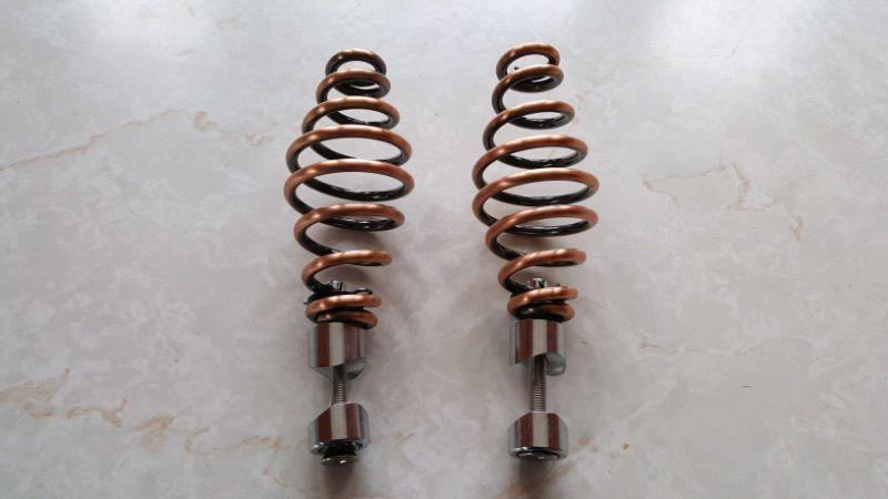 Solo seat springs