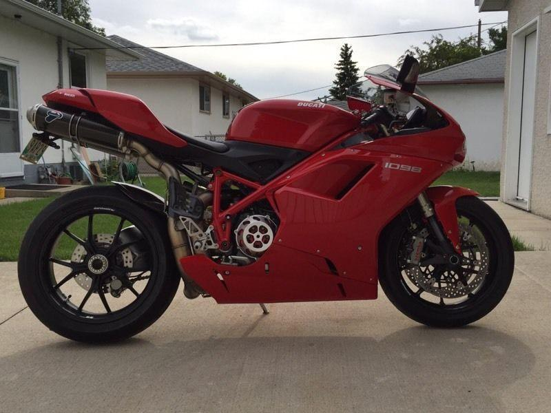 2007 Ducati 1098 only 5k many add ons