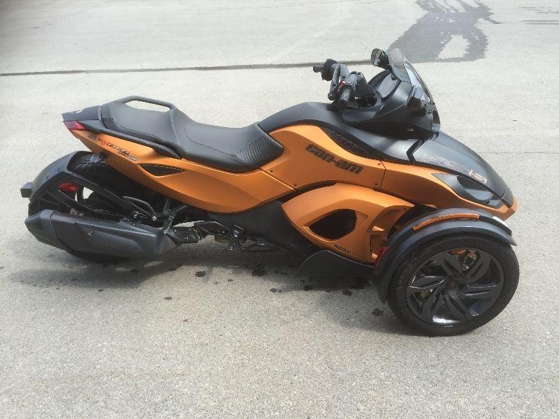 REDUCED! 2013 CanAm Spyder RSS 1000cc $99 Bi-weekly