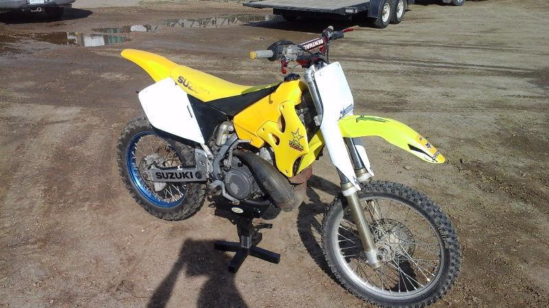 1997 Suzuki RM250 2 Stroke Dirt Bike, Runs Excellent, Nice Shape