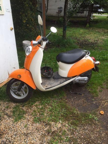 2004 Honda Jazz scooter